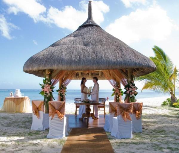 Trendee flowers designs top 10 wedding destinations for Top 5 wedding destinations