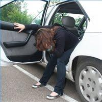 tips sehat agar tidak mabuk mabok muntah di dalam mobil dalam perjalanan darat