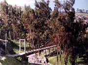 PUENTE COLGANTE DE CORACORA SOBRE EL RIO SANTA BARBARA