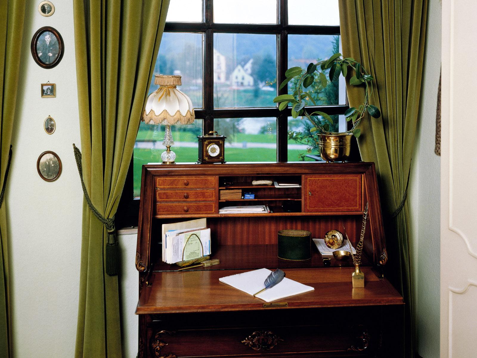 http://4.bp.blogspot.com/_-BSvwBMTFS0/S-hhX0LifmI/AAAAAAAABqw/MtVS-p50yk4/s1600/home+interior+design+picture_37.jpg