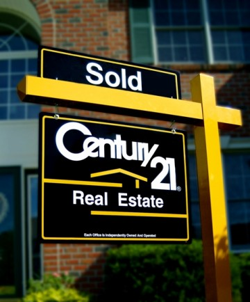 how to become a real estate broker in canada