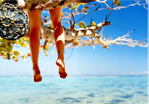 [ocean+and+feet]