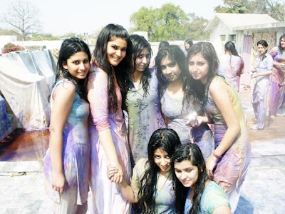 girls play holi scraps girls play holi graphics girls play holi images girls play holi pics girls play holi photos girls play holi greetings girls play holi ecards girls play holi wishes girls play holi animations