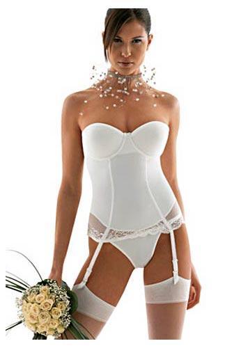 http://fashion-fashion123.blogspot.com/2012/05/lingerie-bra.html