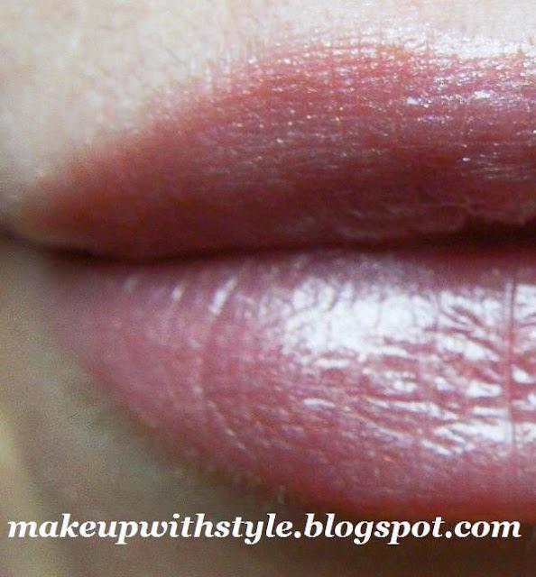 MAC Beigeland Lipstick