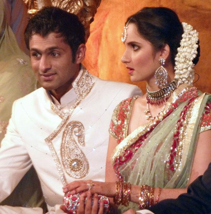 Starsofmovieblogspotin Sania Mirza Wedding Reception In Pakistan