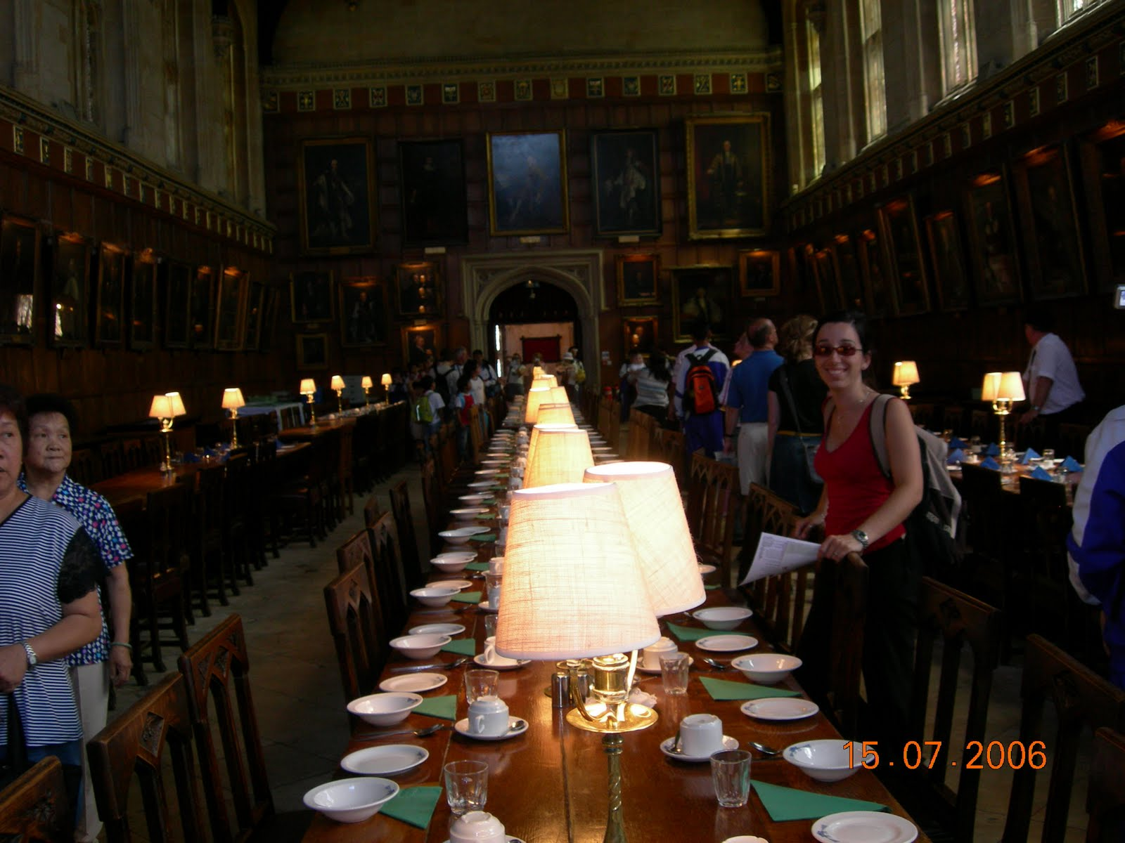 Isabel de paseo por el mundo inglaterra sur oxford b for Comedor harry potter