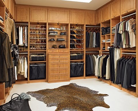 Walk Closet Ideas on Closets For Men A Men S Closet Will Require Space For Storage Of