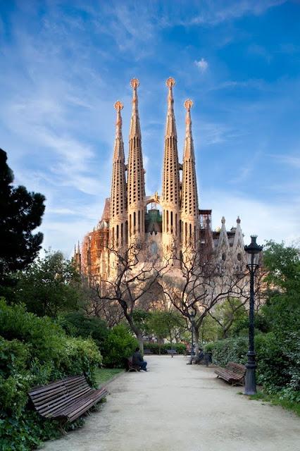 Антонио Гауди, собор Святого Семейства, Барселона, архитектура