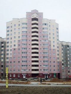 строящиеся дома, остекление домов