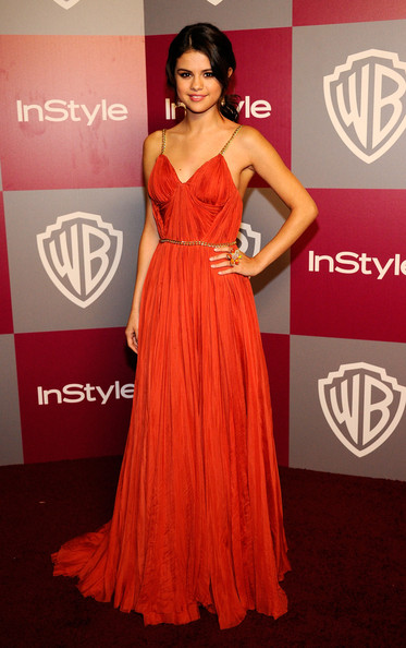 selena gomez golden globes dress 2011