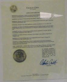 Charlie Crist Gobernador de Florida.