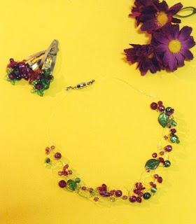 Floating necklace, DIY jewellery, beaded jewellery, DIY beading project, flower necklace, DIY Jewellery