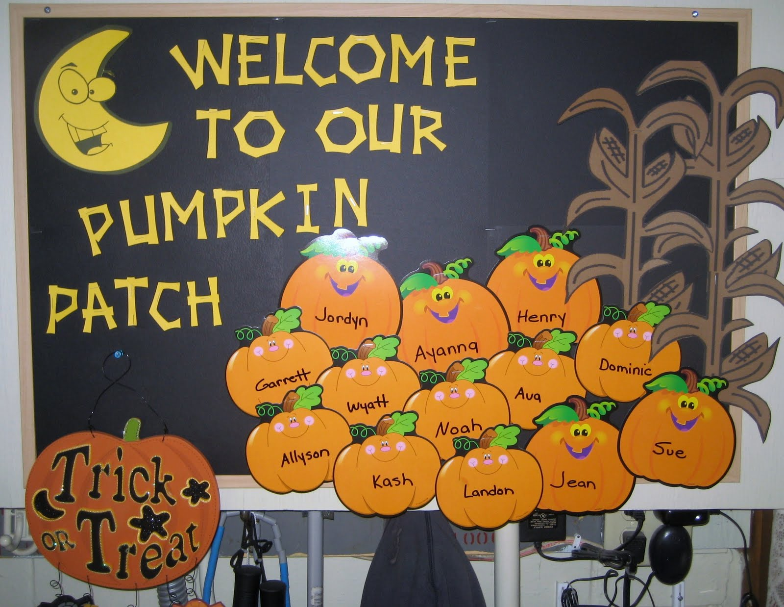 Have added an october bulletin board idea to the 123 learn online