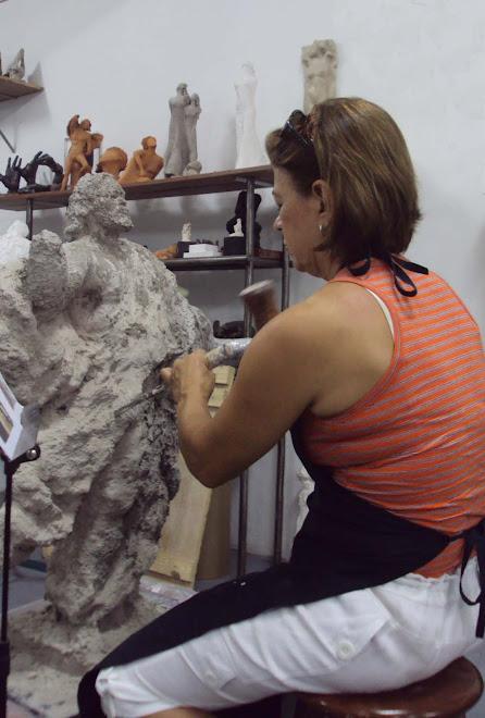 Escultora  Bete Pimentel