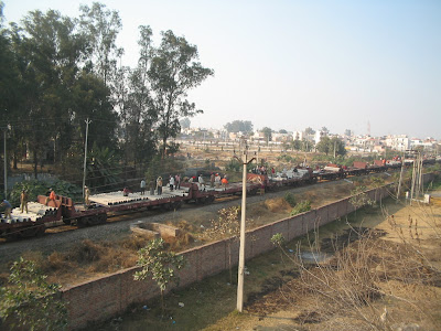 Indian Railways, Jalandhar etc preparing for track overhaul (gopal1035)