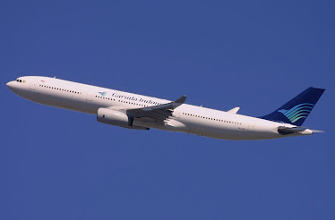 Biro Pemesanan Tiket Pesawat OnLine. Melayani pemesanan Tiket Pesawat secara OnLine. Klik Logo ini: