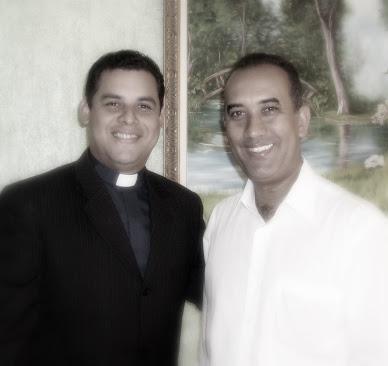 Pastor Erkki Messias e seu  professor, Dr.Roberto dos Santos,um dos maiores teólogos deste pais.