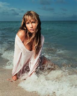 Beach Girl Jennifer Lopez