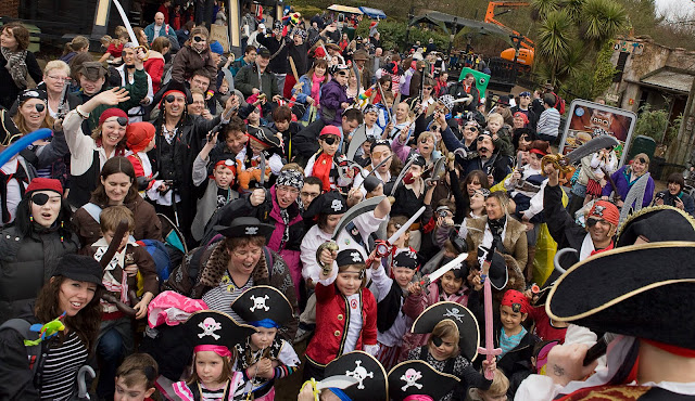 LEGOLAND Windsor goes for a Guinness World Record with Swashbuckling Pirates