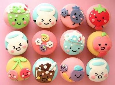 Cupcakes decorados com morangos