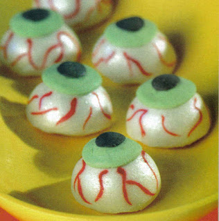 Doce de Halloween: olhos horripilantes de café