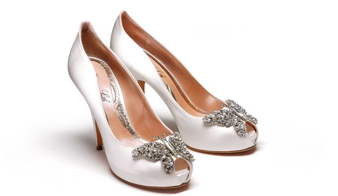 Al laylat couture usa aruna seth haute couture bridal shoes for Haute couture shoes
