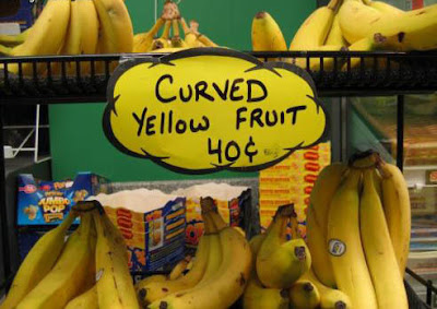 Banana - Curved Yellow Fruit