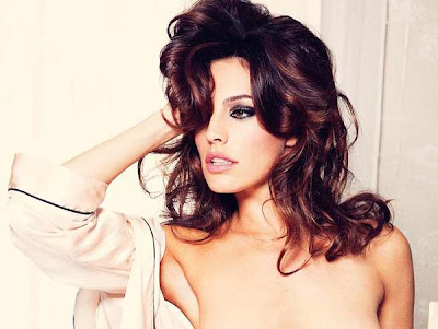 Kelly Brook nua na Playboy