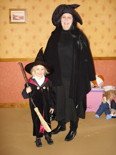 Top Ender and Mummy dressed as Witches
