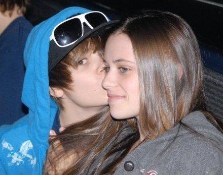 justin bieber hair 2011. Justin Bieber New Hair 2011