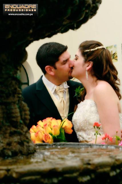 foto de boda novios chaclacayo peru