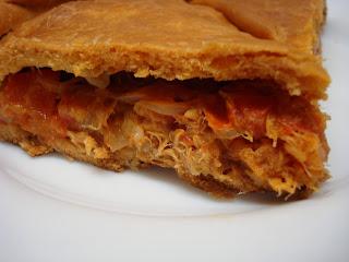 Empanada  de at...