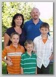 Dan and Larinda's family