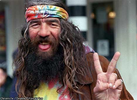 http://4.bp.blogspot.com/_-XDcN4HBCC8/TNMHi3MLH5I/AAAAAAAAAWU/eCb_E2nilnE/s1600/haight-hippie.jpg