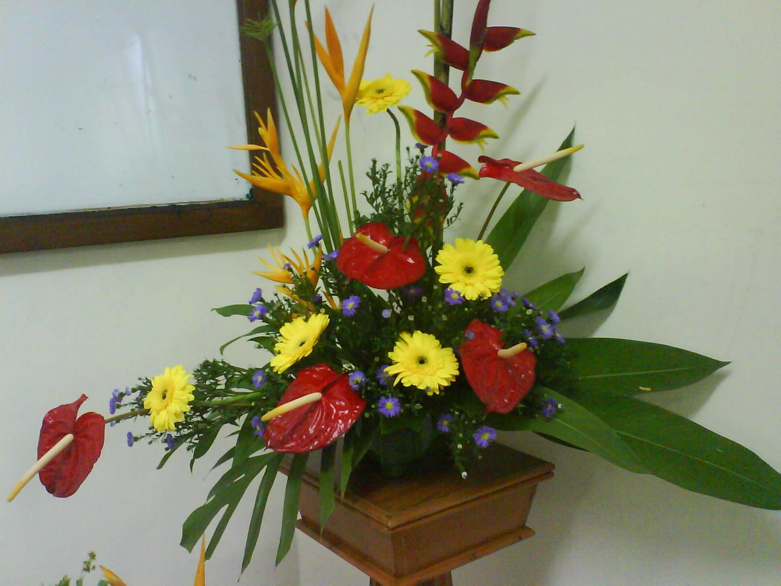 Floral arrangement putatan church