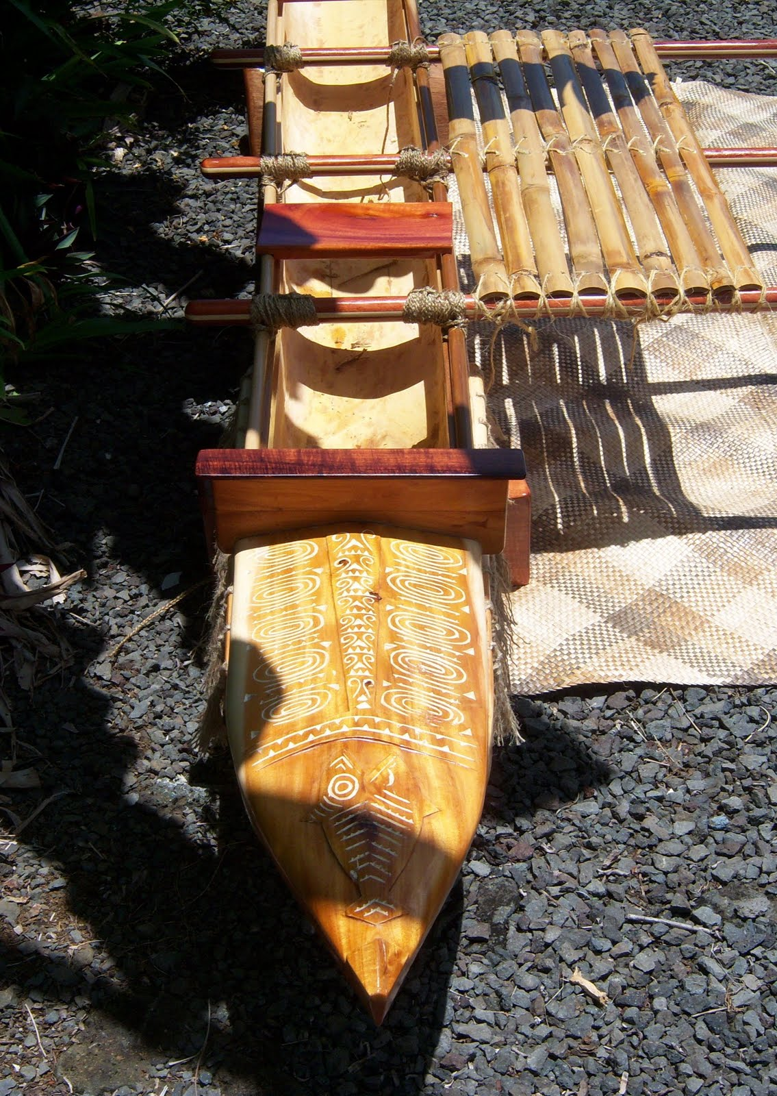Hawaiian Wa\'a with South Pacific Outrigger. | Woodcarving Hawaii ...