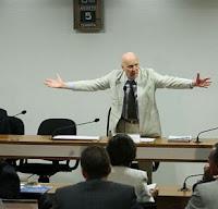 Conselho de Ética do Senado Federal: fechar ou não fechar?