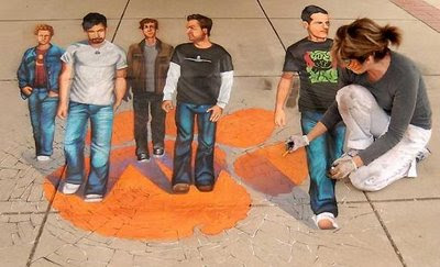3D Anamorphic Street Paintings By Tracy Lee Stum
