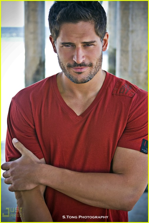Joe Manganiello Flash Thompson http://orytchasblog.blogspot.com/2011/01/superman-ator-de-true-blood-volta-ser.html