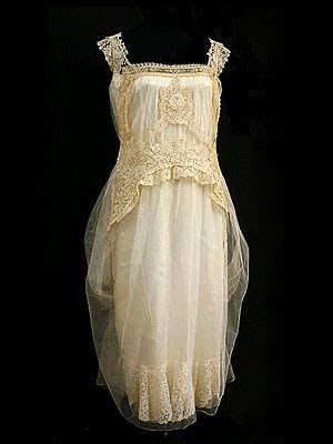 Vintage Wedding Dress on Ever Lovely  Vintage Textiles  Tea Dresses