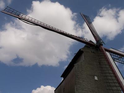 Moulin du Cat sauvage 001 - Ellezelles - Belgique - Anne-Sarine Limpens - 2008