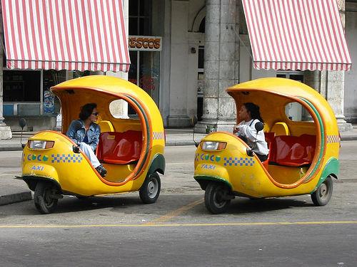 http://4.bp.blogspot.com/_-akx-RFExkg/TBDxL_q2l9I/AAAAAAAARi8/a7de0mZC0mE/s1600/14-+coco-taxi-havana.jpg