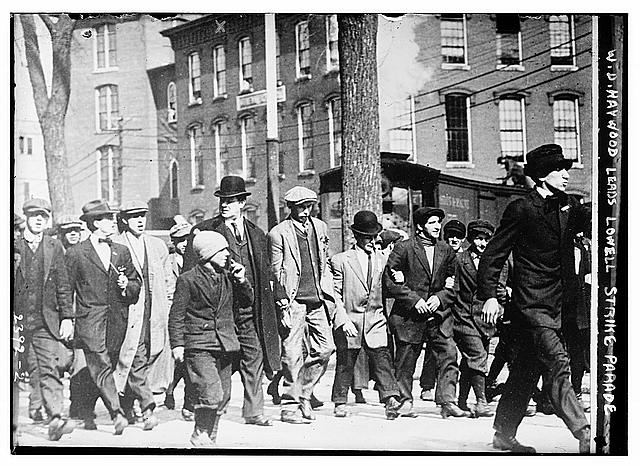 early strikes of the american labor movement As the great railroad strike, marked the first national labor event in united  states history and served as a turning point for the american labor movement.