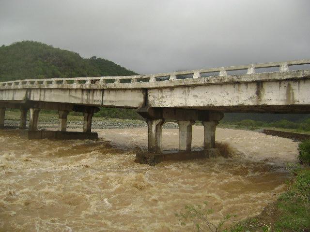 Lluvias significativas benefician a habitantes en serranía