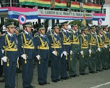 generales nuevos con sable y adornos dorados. aumento de sueldo