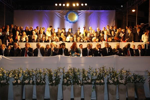dos millones de argentinos salieron a celebrar los doscientos años