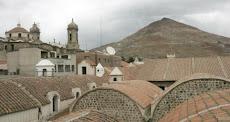 impresionante vista del Cerro Rico de Potosí, postal de L.T.