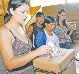 las regiones han reaccionado porque la llamada Ley Marco desecha sus estatutos