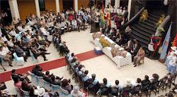 """vista del hall de la gobernación que también realizó """"Sesión de Honor"""""""